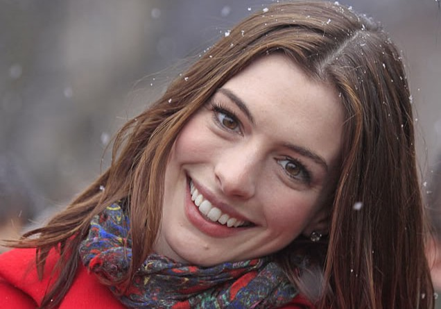 Hollywood actress Anne Hathaway befriended actor Glenn Gannon on set