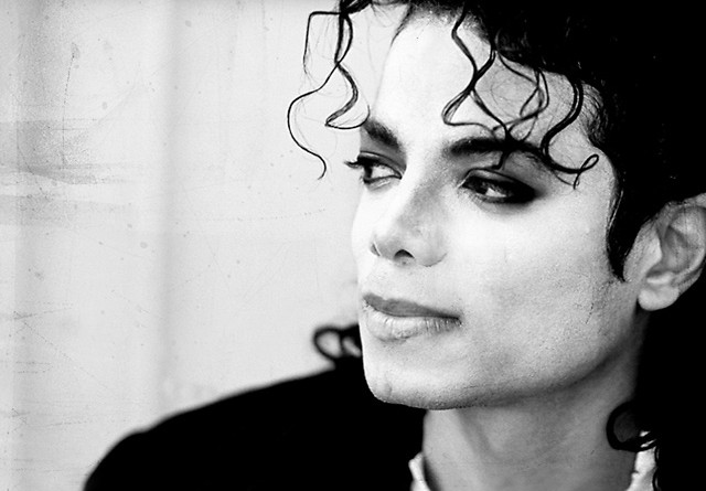 Michael Jackson handed out money to Dublin's homeless