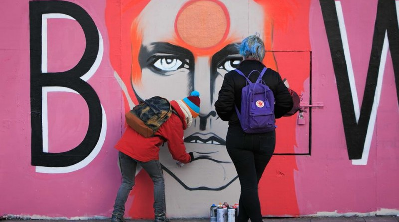 Dublin remembers David Bowie with street art